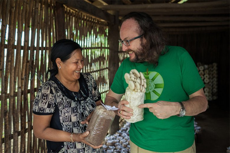 Dave visits Cambodia with Oxfam to help #LiftLives for good