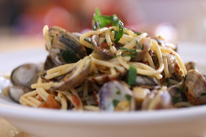 ​Spaghetti with clams and chilli
