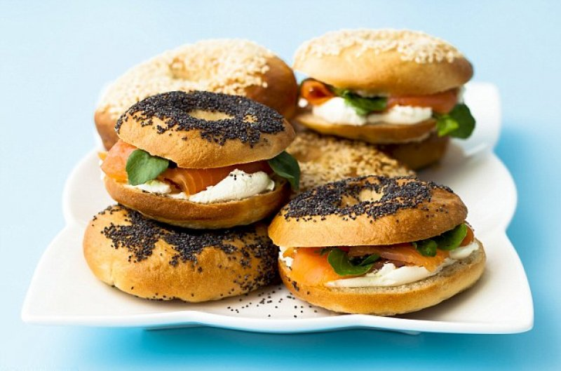Dinky Christmas bagels served with smoked salmon and cream cheese