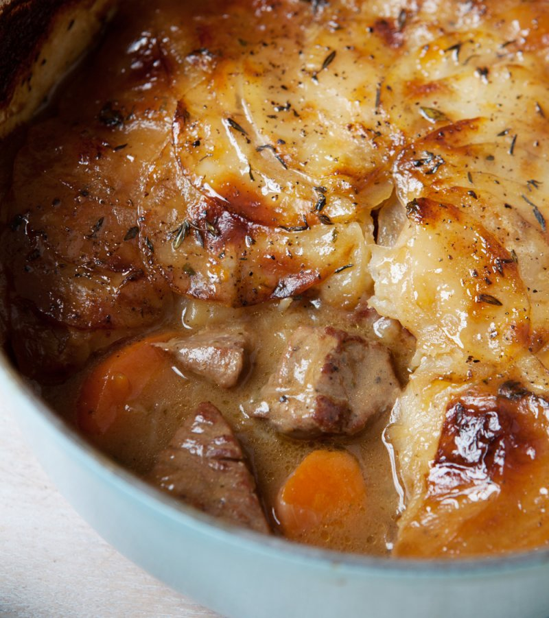 Lean lamb hot pot