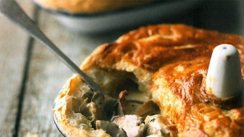 Chicken and wild mushroom pie