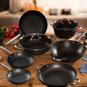 Cast Iron Kitchenware